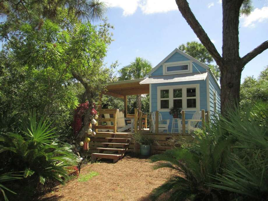 tiny houses houston. This Tiny 325-square- F00t House In St. George Island, Fla. Houses Houston