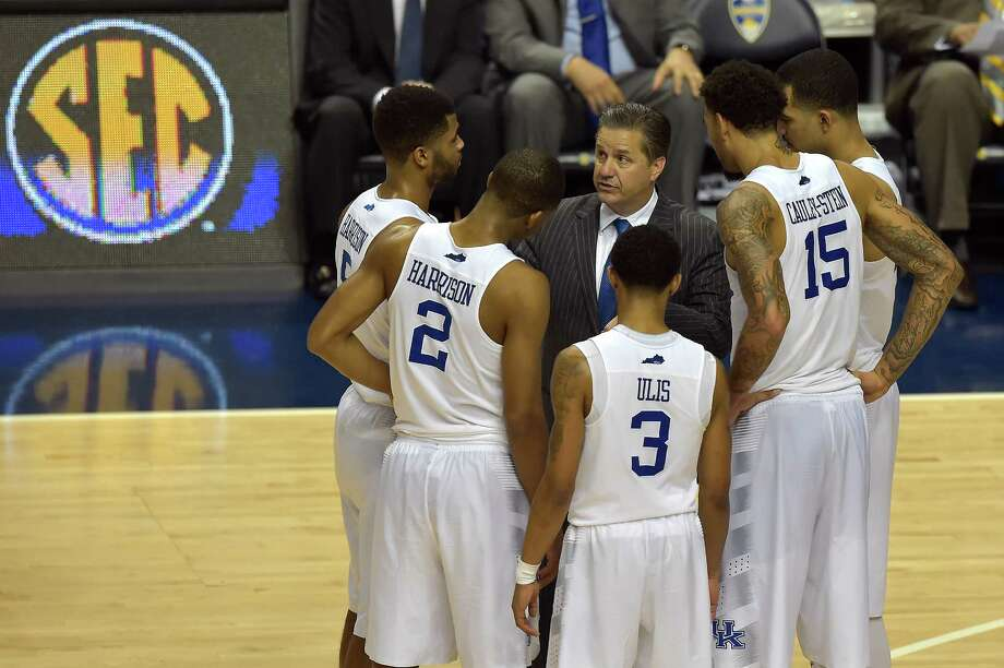 Kentucky head coach John Calipari speaks to his team during the second half of the Southeastern Conference tournament championship game against Arkansas on March 15, 2015, in Nashville, Tenn. Kentucky won 78-63. Photo: Mike Stewart /Associated Press / AP