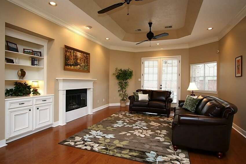 24502 Okehampton Dr. in Tomball: $275,000 / 3 bedrooms / 2 full and 1 half bathroom / 3,132 square feet