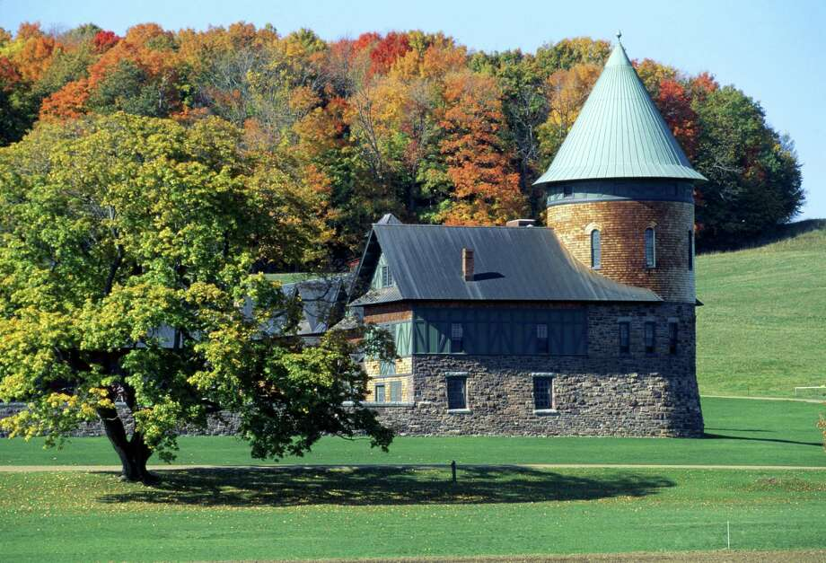 Lake Champlain. Shelburne Farm, the Farm Barn. Shelburne. Vermont. USA. Photo: Matz Sjoberg, Getty Images / age fotostock RM