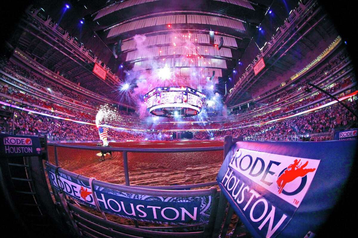 One of Dave Clements' favorite shots of Rodeo Houston. ONE TIME USE ONLY.