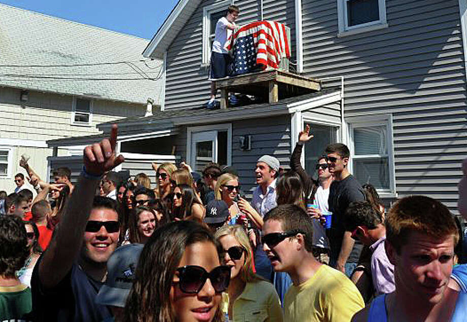 The annual Clam Jam party this year will not take place at Lantern Point, an enclave of private homes on the beach, but instead the Fairfield University students' event will be staged at Penfield Beach. Photo: File Photo / Fairfield Citizen