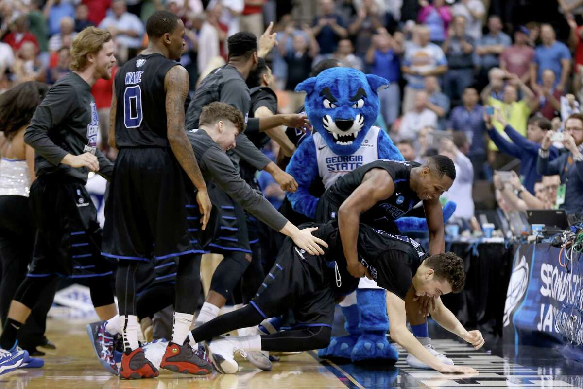 R.J. Hunter #22 of the Georgia State Panthers celebrates after the Panthers win 57-56 against the Baylor Bears in the second round of the 2015 NCAA Men's Basketball Tournament at Jacksonville Veterans Memorial Arena on March 19, 2015 in Jacksonville, Florida.