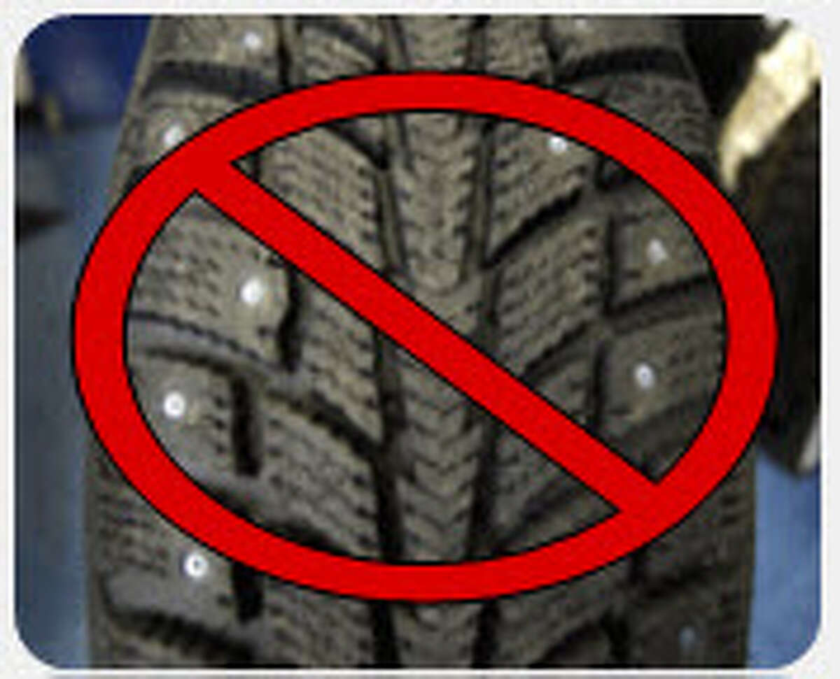 Sunday March 31 marks the deadline for snow tire removal in 2019 in Oregon and Washington. In Washington, hose driving with studded tires after Sunday could receive a $136 traffic infraction.