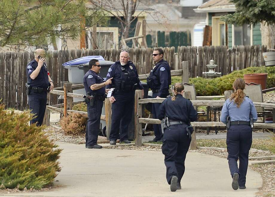 Colorado police investigate a case in which a woman allegedly lured a pregnant woman to her home, cut her and took her unborn baby from her womb. Photo: Matthew Jonas, Associated Press