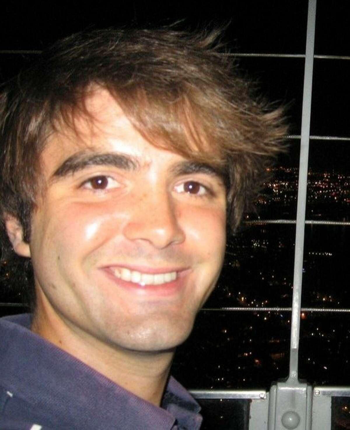 Kiip hired Chris Gore as data scientist.
