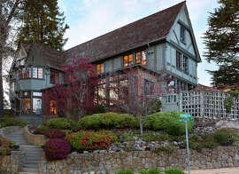 99 Inverleith Terrace is an architecturally significant Miller Warnecke tri-level Tudor occupying a corner lot in Piedmont.