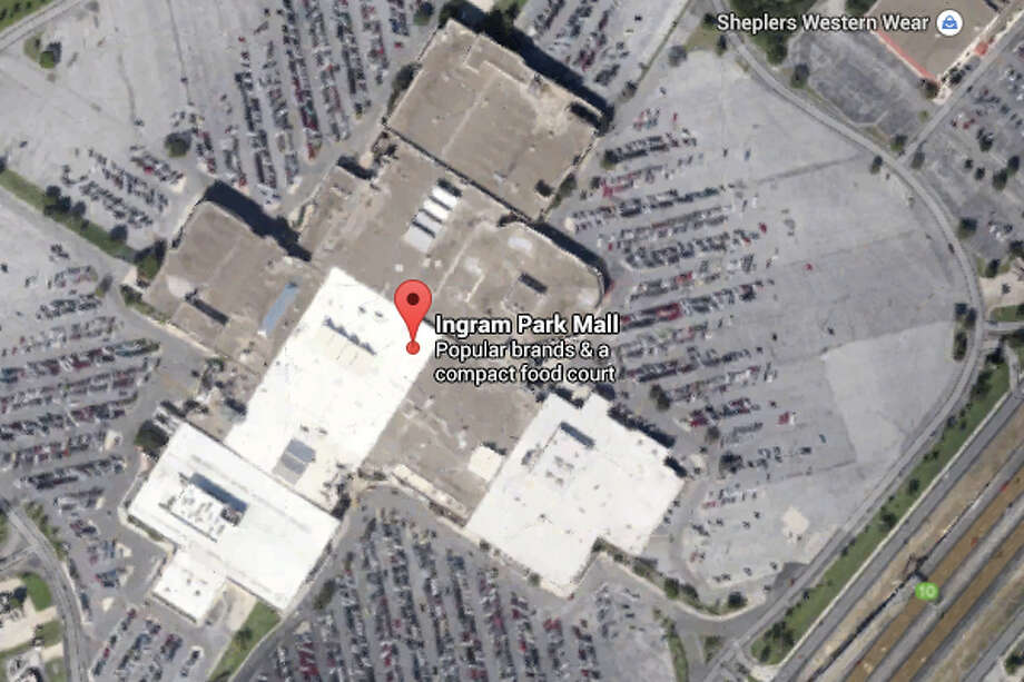 A 16-year-old boy was found lying dead in the parking lot of a Northwest Side mall Thursday, San Antonio police said. Photo: Google Street View/Maps