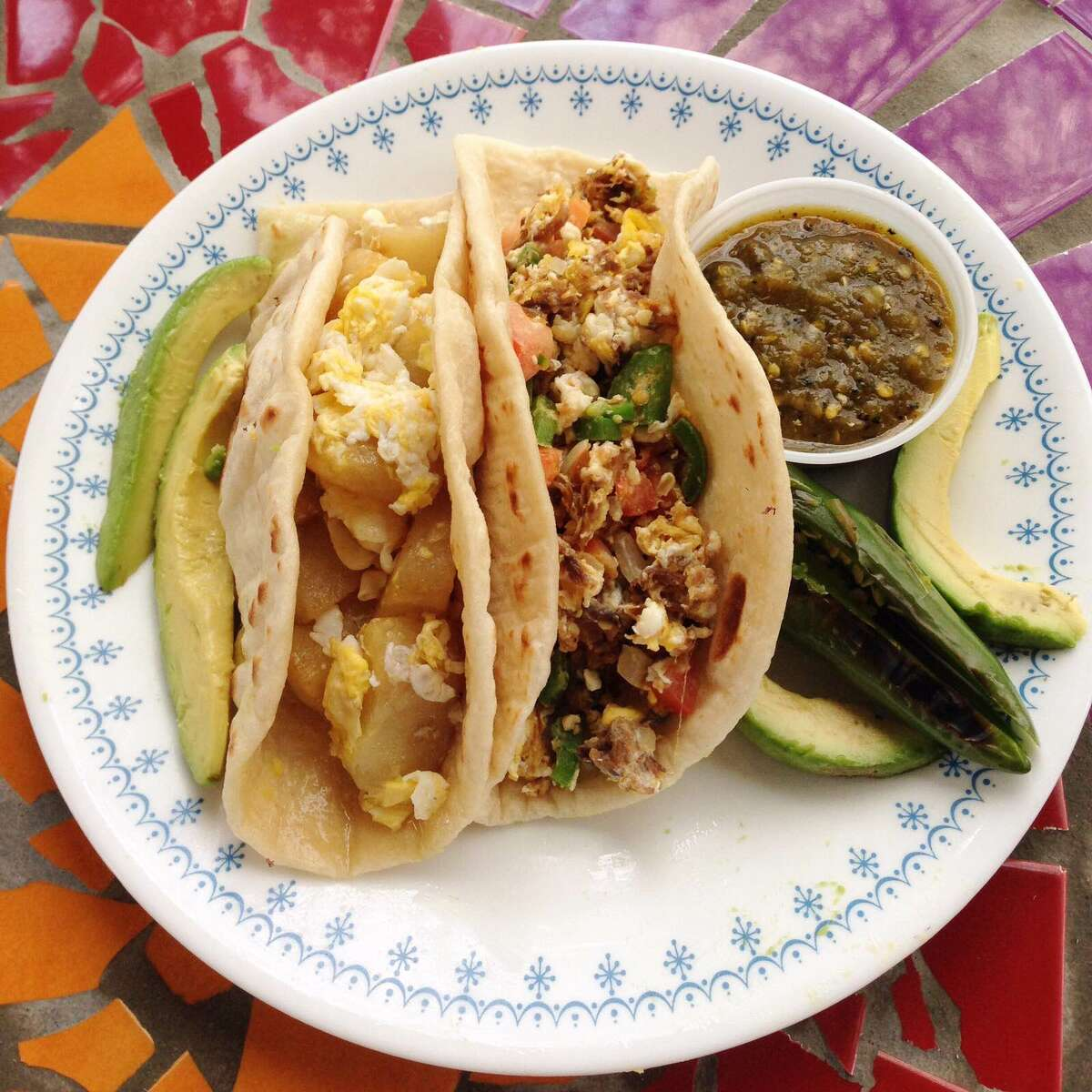 The breakfast taco feud between Austin and San Antonio just went hot. And it was a blogger and TV journalist from Dallas who got the chingasos going again.