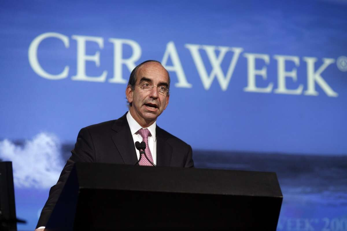 John B. Hess Hess Corp. Total pay: $13,826,574 Change from 2012: up 38 percent Base salary: $1,500,000 Bonus, perks, deferred compensation: $3,815,266 Stock options and awards: $8,511,308