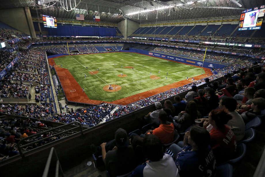 Royals Rangers To Meet In 2016 Big League Weekend Series