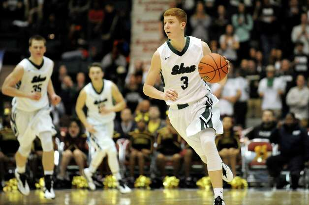 Shen's Kevin Huerter, right, drives up court during their Class AA State boys basketball semifinal against Mount Vernon on Saturday, March 21, 2015, at Glens Falls Civic Center in Glens Falls, N.Y. (Cindy Schultz / Times Union) Photo: Cindy Schultz / 10031109A