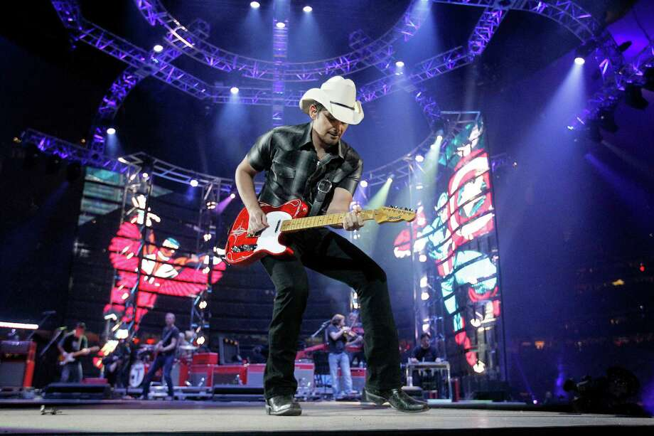 Brad Paisley has the fewest remaining RodeoHouston concert tickets left unsold, with only 500 seats still available as of Feb. 25, 2016. Photo: Karen Warren, Houston Chronicle / © 2015 Houston Chronicle