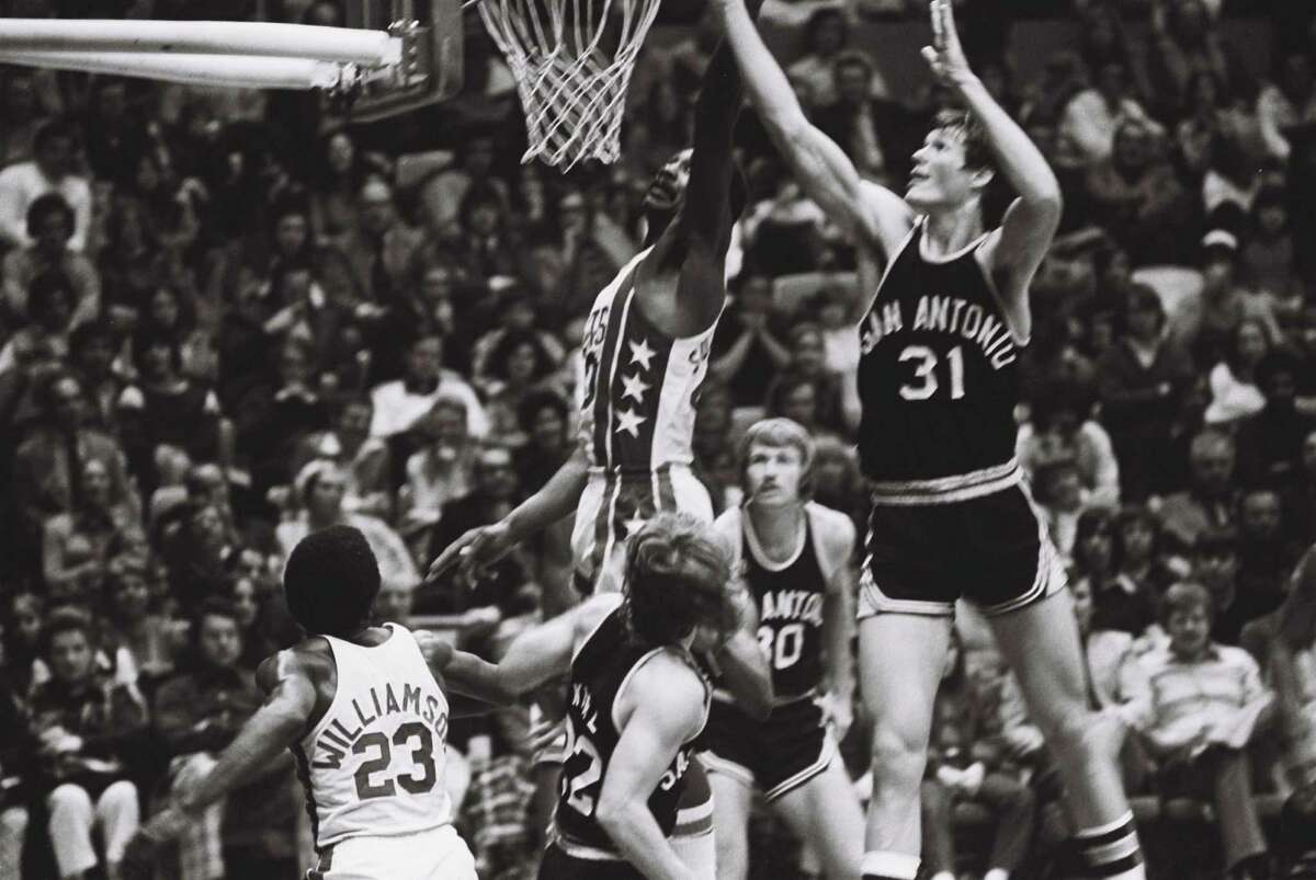 Swen Nater - Traded to the New York Nets in 1974 for Larry Kenon and Mike Gale.