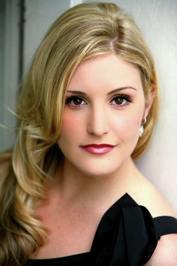 Julie Adams chose inter esting, unusual pieces. Photo: SF Opera / San Francisco Opera / ONLINE_YES