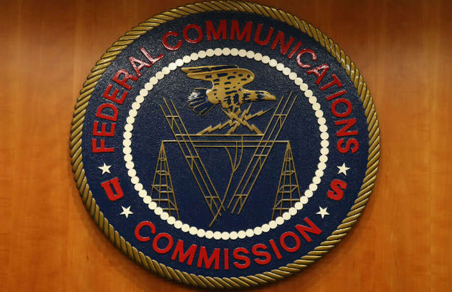 Gop Tells The Fcc To Stop Doing Its Job Until Trump Becomes