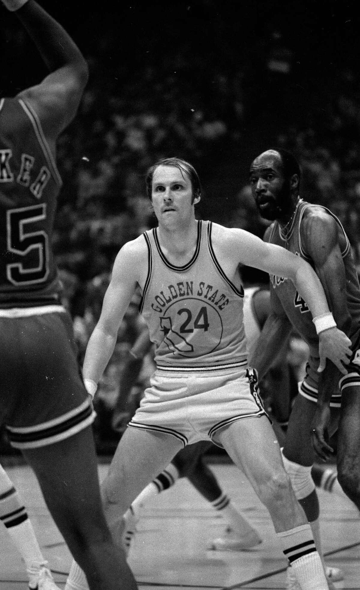 Western Conference finals, Game 6, 1975: Huge candidate here. The Warriors were down 3-2 and heading into Chicago, home of Jerry Sloan, Norm Van Lier and a very nasty opponent. The Warriors were down 11 at halftime, but Rick Barry's 36 points led an 86-72 victory that brought the series back to Oakland, where Golden State won Game 7 and advanced to the Finals. This game falls short of Saturday night's only because the score wasn't close.