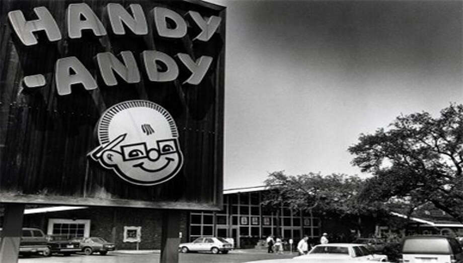 Before H-E-B ruled the supermarkets of San Antonio, we had Handy Andy. That happy bald man in horn-rimmed glasses greeted shoppers all over the area for more than 85 years. Photo: San Antonio Express-News