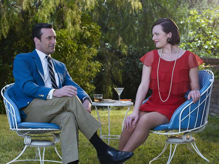 Jon Hamm as Don Draper and Elisabeth Moss as Peggy Olson Jon Hamm as Don Draper and Elisabeth Moss as Peggy Olson - Mad Men _ Season 7B, Gallery _ Photo Credit: Frank Ockenfels 3/AMC