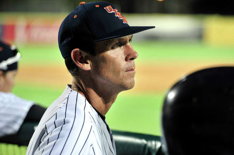 UTSA head coach Jason Marshall watches his team out of the dugout during the non-conference game against Texas A&M Aggies at Wolff Stadium in San Antonio on March 24, 2015. Photo: Matthew Busch /For The Express-News / © Matthew Busch