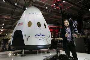 See which Fidelity funds invested in SpaceX - Photo