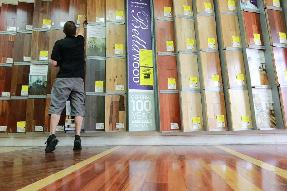 Lumber Liquidators is reviewing its compliance standards as it faces a federal investigation. Photo: Rachel Crosby / Associated Press / Tampa Bay Times