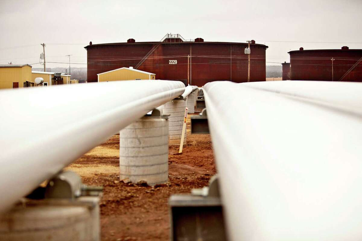 Oil prices rose on forecasts that U.S. crude inventories will shrink.
