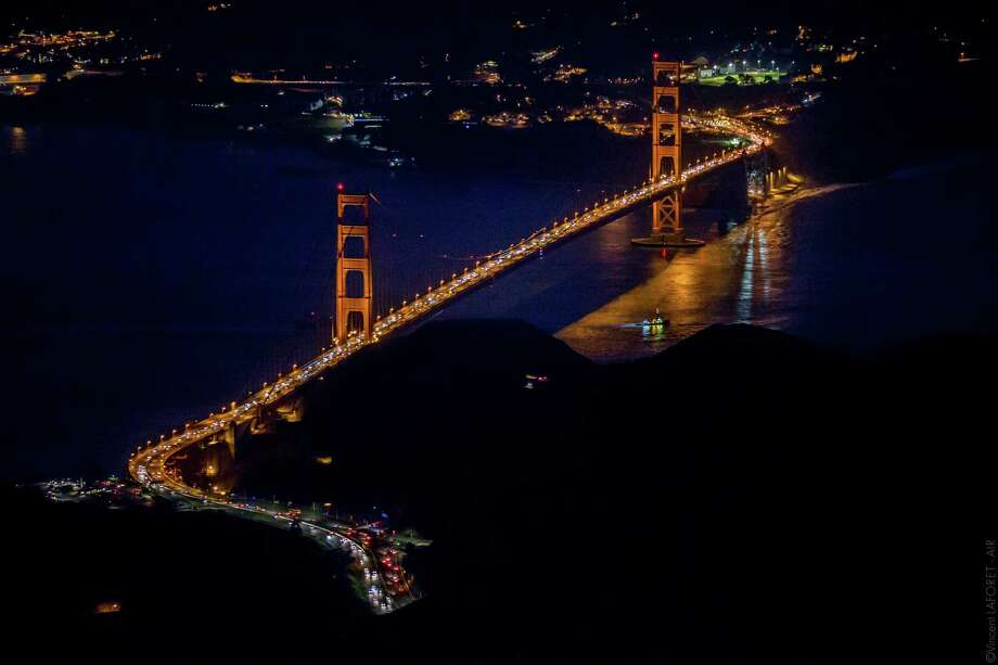 """The Golden Gate Bridge is seen from 7,200 feet up in the third installment of photographer Vincent Laforet's """"Air"""" series. Photo: Vincent Laforet / Courtesy LAFORET VISUALS Inc. / ONLINE_CHECK"""