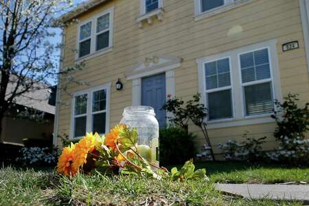 Some plastic flowers and a candle burning in a pickle jar were left in front of the home of boyfriend Aaron Quinn where the kidnapping took place. Alleged kidnap victim Denise Huskins was found alive Wednesday March 25, 2015 near her family home in Southern California while Vallejo police are still investigating her disappearance as a kidnap for ransom.