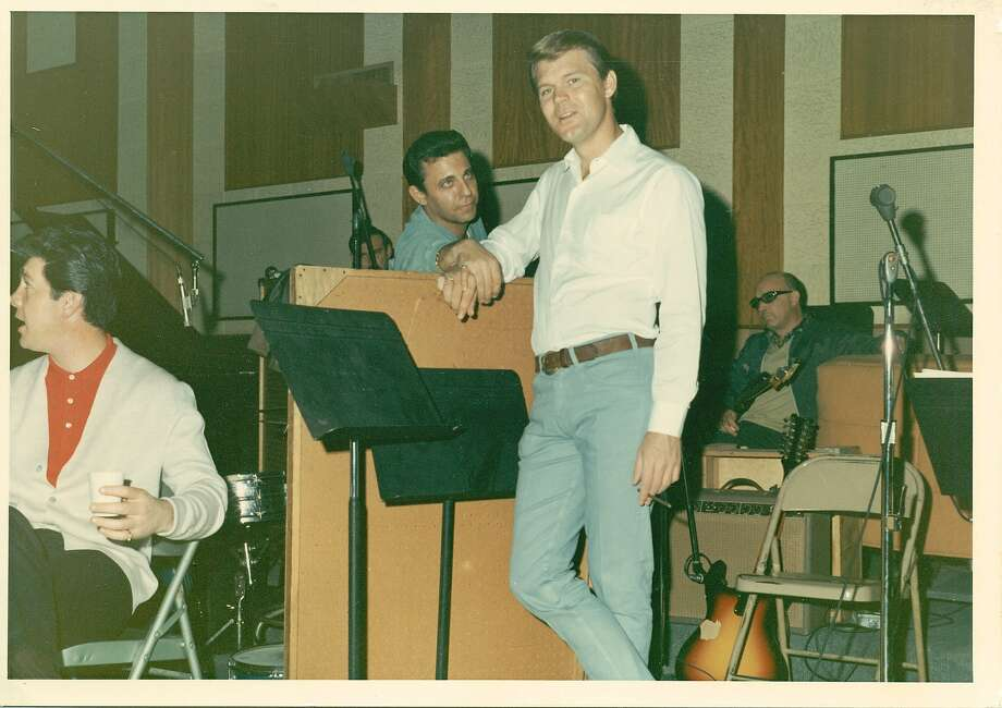 Glen Campbell and Hal Blaine in THE WRECKING CREW, a Magnolia Pictures release. Photo: Magnolia Pictures