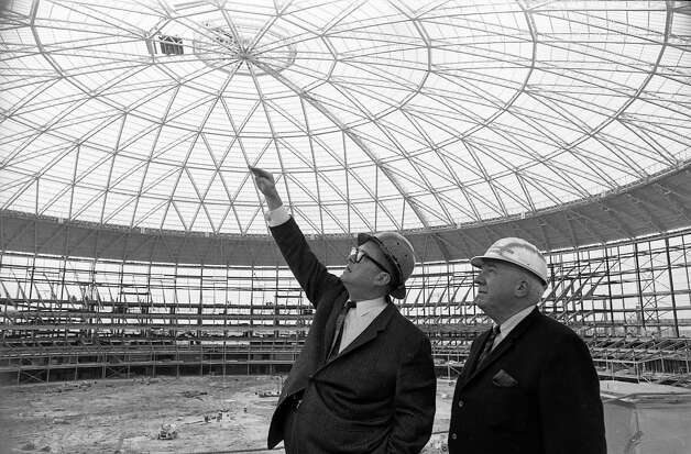 Roy Hofheinz and National League President Warren Giles inside the Astrodome. Photo: Houston Post / Houston Chronicle