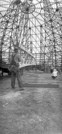 Astrodome construction, 1964 Photo: Houston Post / Houston Chronicle