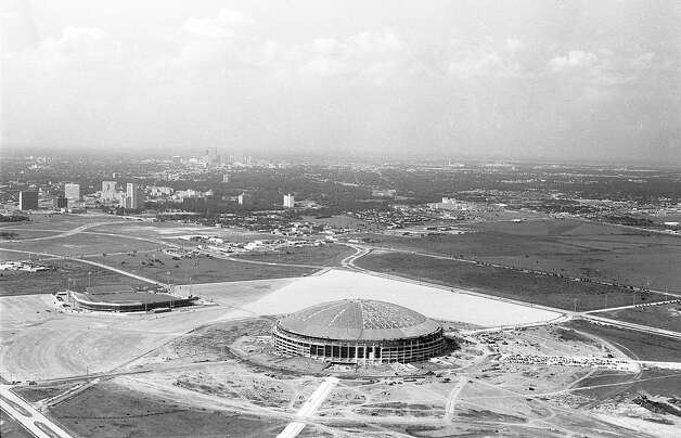 Astrodome construction with Colt Stadium at left, early 1960s. Photo: Houston Post / Houston Chronicle