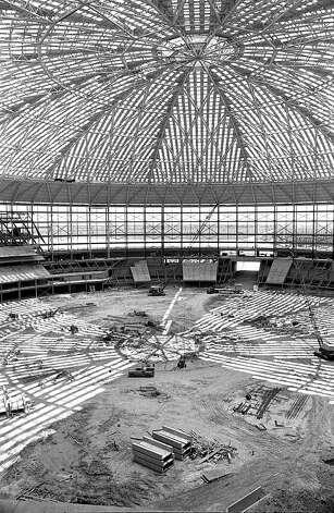 Astrodome construction, circa 1964 Photo: Houston Post / Houston Chronicle