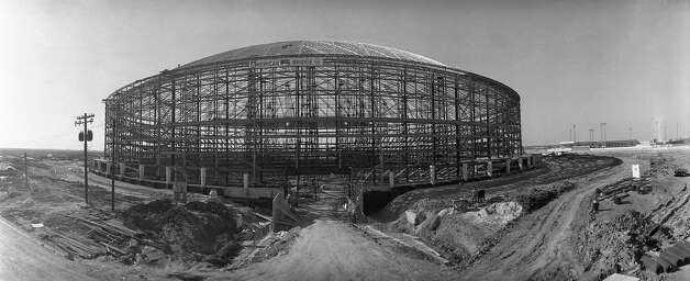 Astrodome construction, circa 1964. Photo: Houston Post / Houston Chronicle