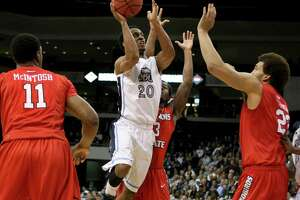 Stanford will face Old Dominion in NIT semifinal - Photo