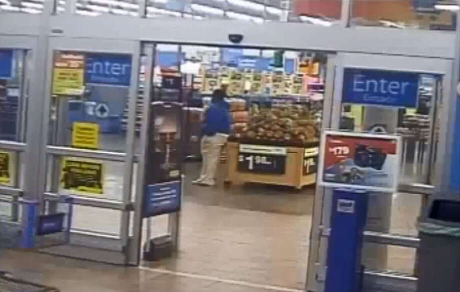 Houston Police are searching for this man, who they say set fire to a shipping container behind a Walmart after going shopping inside. Photo: CrimeStoppers Of Houston