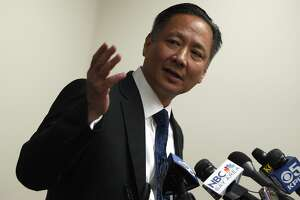Technician, boss in S.F. police lab scandal flunked DNA exam - Photo