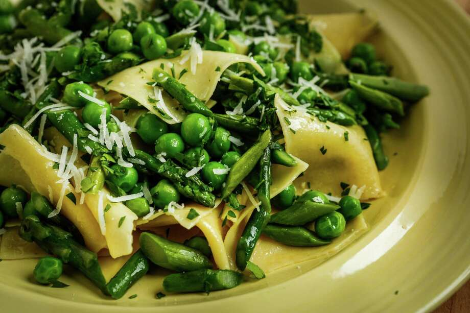 Fresh Rag Pasta With Peas & Asparagus Photo: Russell Yip / The Chronicle / ONLINE_YES