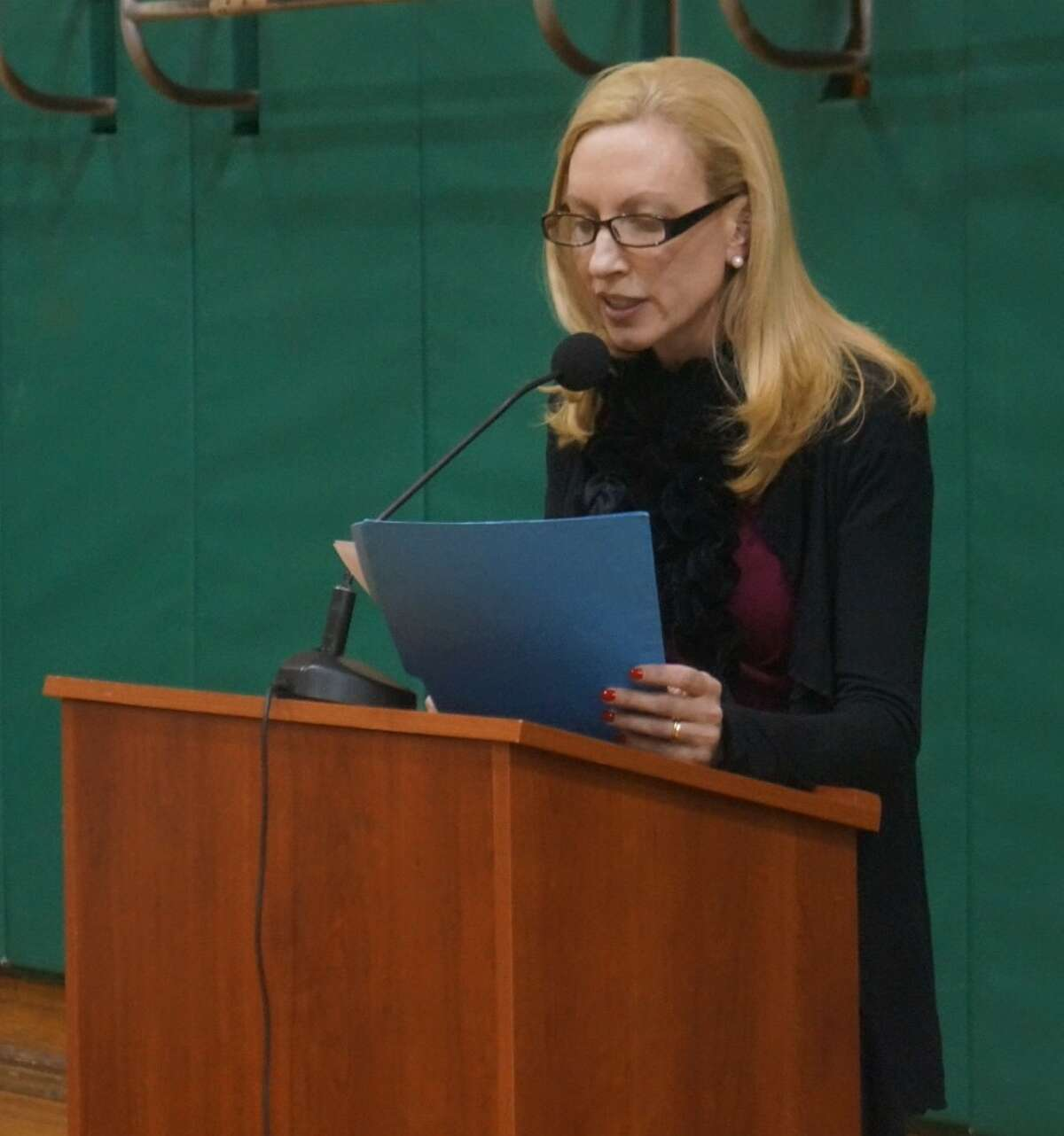 Dr. Beth O'Donnell speaks at Thursday's Board of Education meeting at Julian Curtiss School