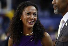Golden State Warriors' sideline reporter Rosalyn Gold-Onwude before Warriors' 114-95 win over Atlanta Hawks at Oracle Arena in Oakland, Calif., on Wednesday, March 18, 2015.
