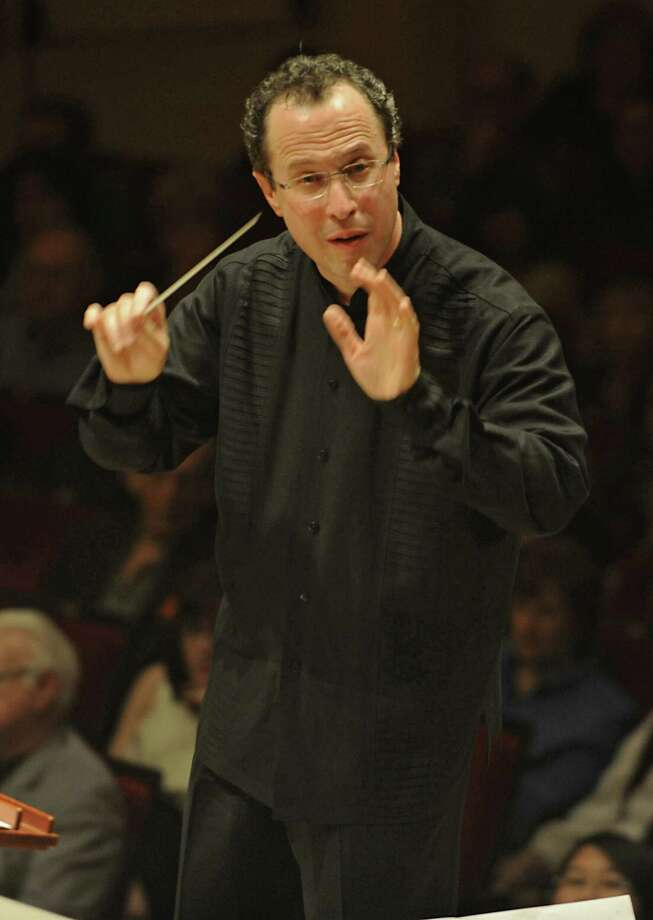 David Alan Miller conducts the Albany Symphony Orchestra during its debut concert at Carnegie Hall in NEW YORK Tuesday May 10, 2011. (Lori Van Buren / Times Union) Photo: Lori Van Buren / 00012978A
