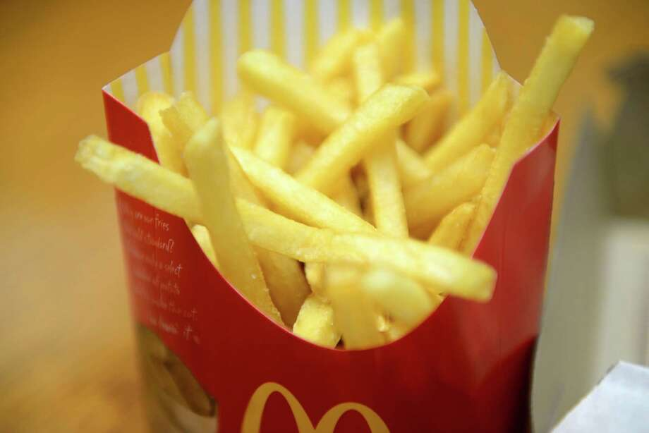 McDonald's French fries Tuesday, March 11, 2014, at the Times Union in Colonie, N.Y. (Will Waldron/Times Union) McDonald's Fries contain 500 calories and 25 grams of fat. Photo: WW