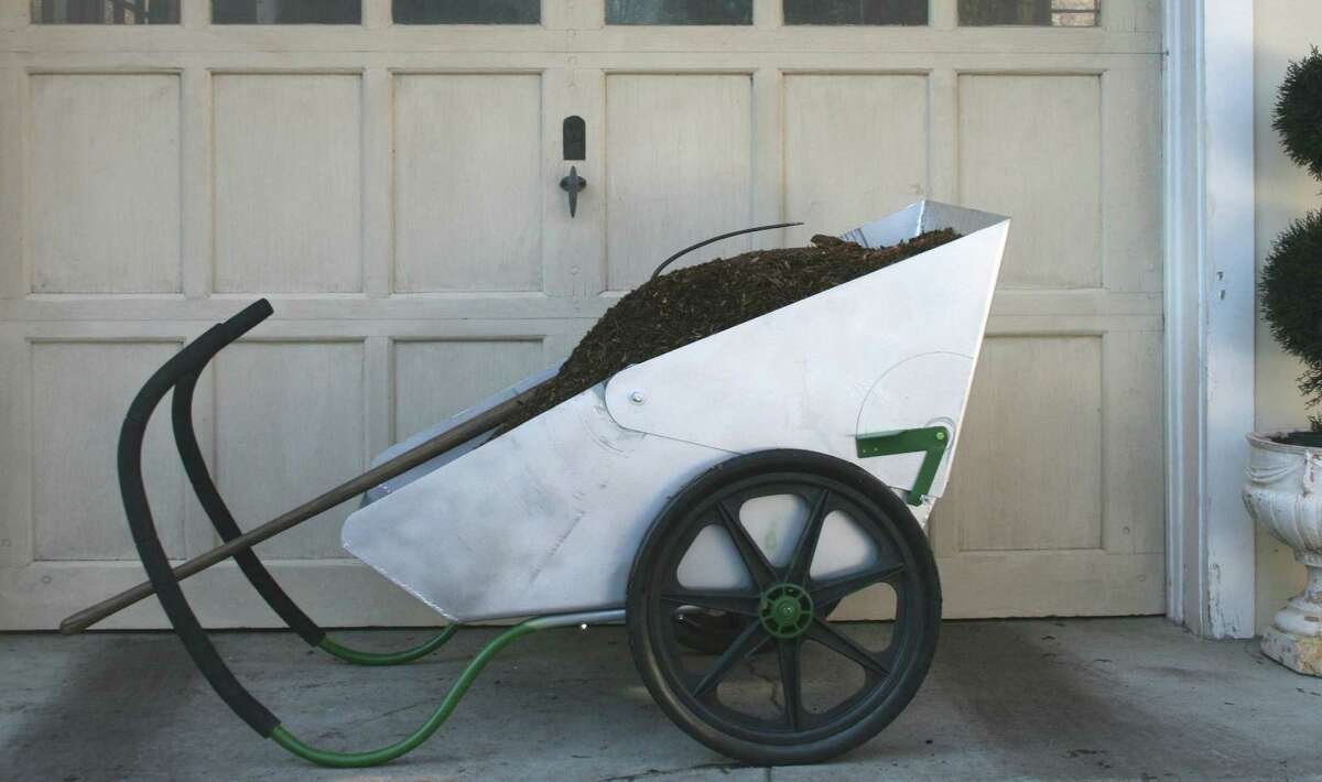 A product shot of the Rhino Cart, created by Nootools LLC.