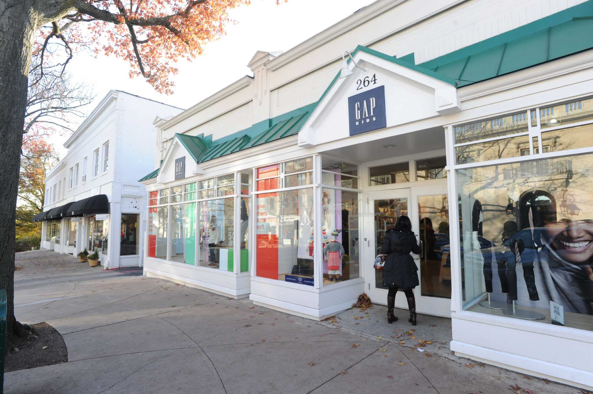 Hair salons and Spas for kids in CT - Places for Kids CT Fashion on the avenue greenwich ct
