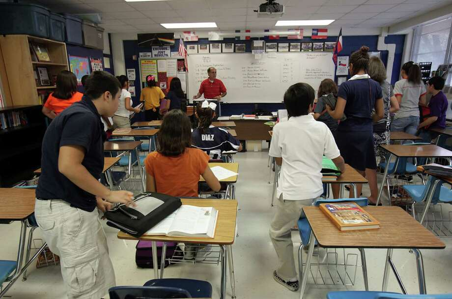 School vouchers may be good a small number of individuals, but they would damage public education in Texas while not resulting in true cost savings. Photo: Express-News File Photo / rowen@express-news.net