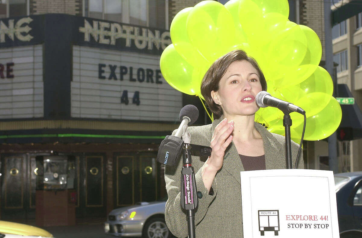 Ex-Seattle City Council member Heidi Wills is seeking a comeback. She has copped an unusual combination of support, wining part of a dual endorsement by the Seattle Metropolitan Chamber of Commerce, and an endorsement from Sierra Club.