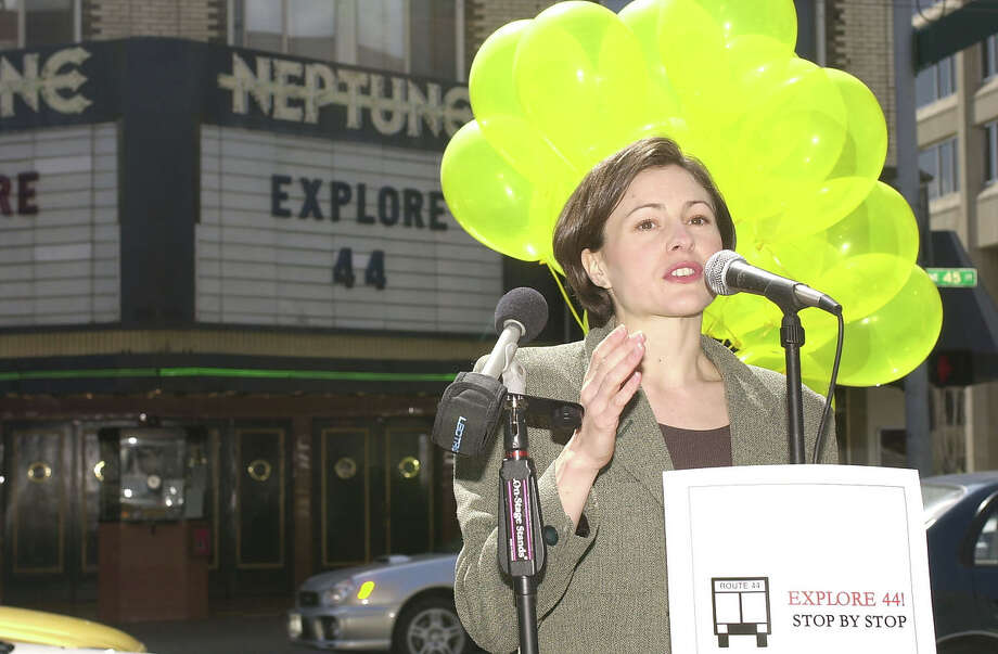 Ex-Seattle City Council member Heidi Wills is seeking a comeback.  She has copped an unusual combination of support, wining part of a dual endorsement by the Seattle Metropolitan Chamber of Commerce, and an endorsement from Sierra Club.  Photo: Seattle Municipal Archive