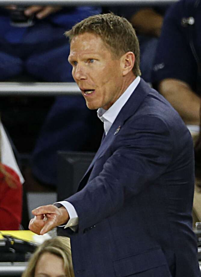 Gonzaga Bulldogs head coach Mark Few during first half of the NCAA South Regional semifinal game against the UCLA Bruins at NRG Stadium Friday, March 27, 2015, in Houston. ( James Nielsen / Houston Chronicle ) Photo: Houston Chronicle