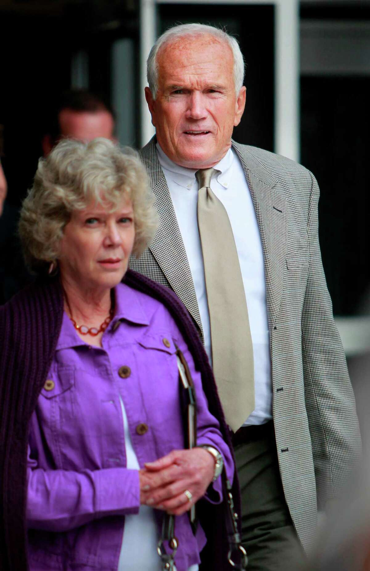 Harris County Commissioner Jerry Eversole and his wife exits the Bob Casey Federal Courthouse on Tuesday, March 29, 2011, in Houston. After three days of deliberating, a jury in the federal corruption trial against Eversole remains deadlocked and will return Wednesday to continue working on the case. ( Mayra Beltran / Chronicle )